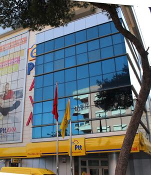 Karşıyaka PTT Binası